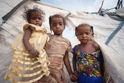 Daughters of Taghreed living in an IDP Camp in Aden
